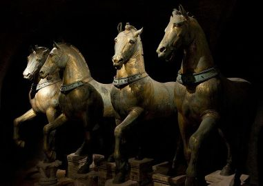 800px-Horses_of_Basilica_San_Marco